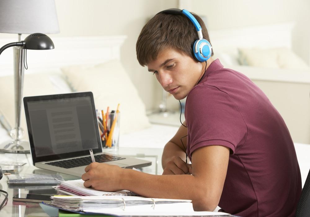 estudiar-escuchando-musica